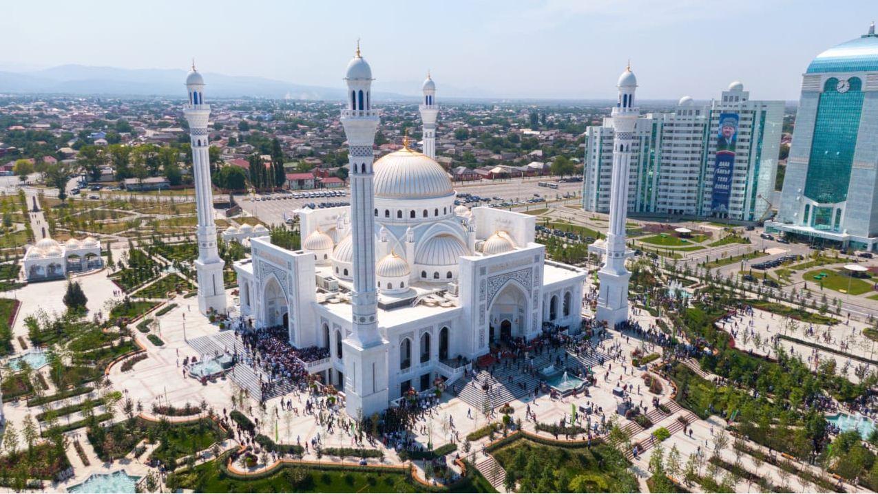 Новая мечеть в Шали – самая большая в Европе